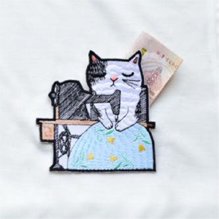 Cat with Sewing Time Pocket( Hoop Size 10×10 cm )